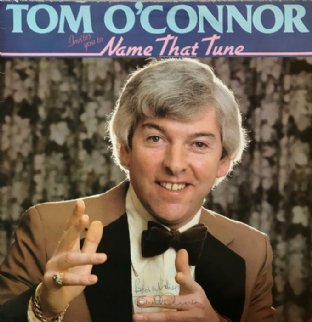 Tom O'Connor ‎- Tom O'Connor Invites You To Name That Tune (LP) (Signed) (EX-/G++)